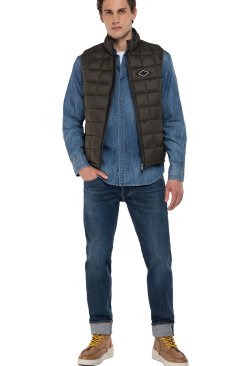 RECYCLED NYLON VEST