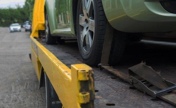 ¡Pregunta por nuestra grúa aliada para traer tu vehículo a revisión!
