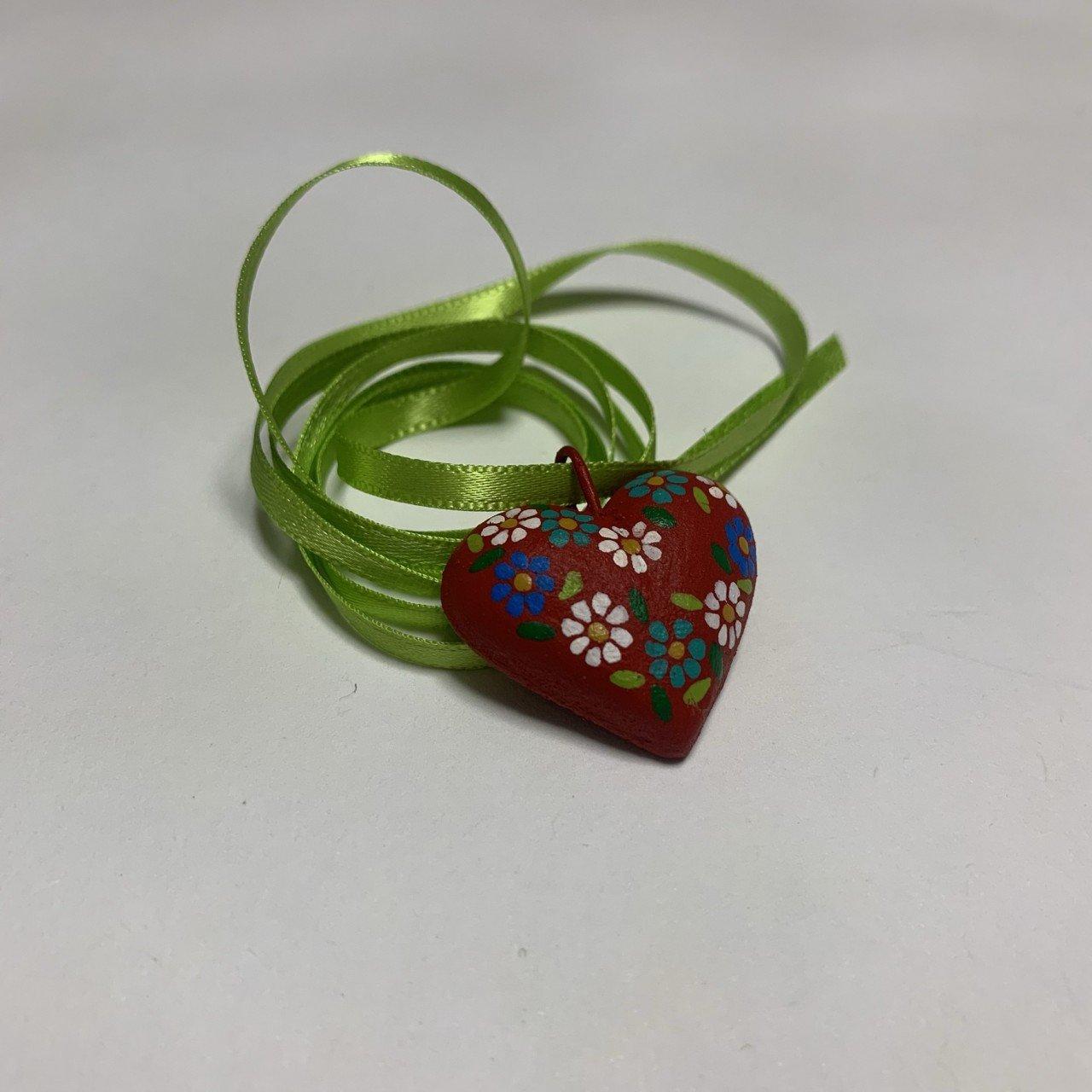 Corazón de barro artesanal (collar)