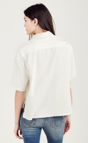 BOXY STEP HEM TOP