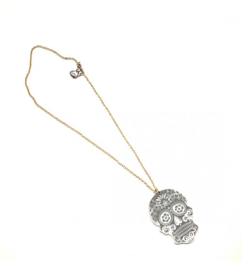 Collar Calavera Plateada Chapa Oro
