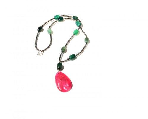 Collar de cristales/Agatas tonalidad verde y dije tonalidad rosada Agata cristales
