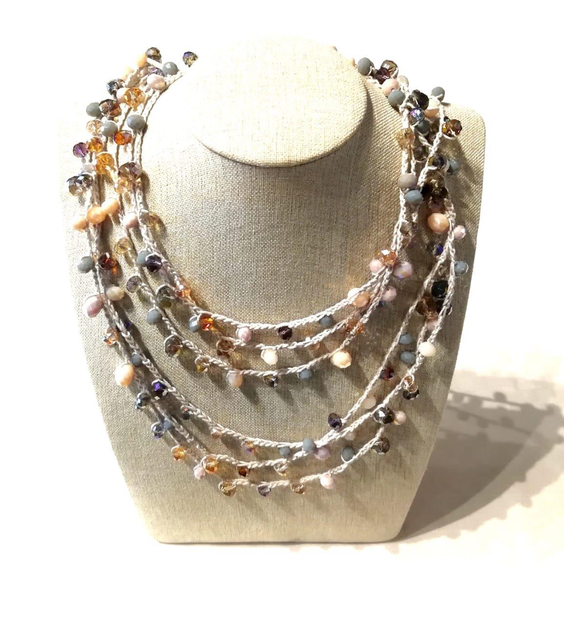 Collar triple tejidos con cristales